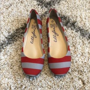 Shoes - NEW Sz 7 Lilly Bee U Ohio State flats. OSU Flats